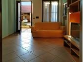 5053, Porzione di Casa in Vendita in Via Cavour a Fara Novarese
